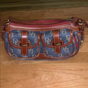 Dooney & Bourke Jean bag